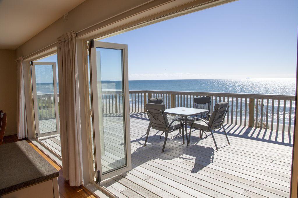 Beachfront Pukehina Retreat. Image
